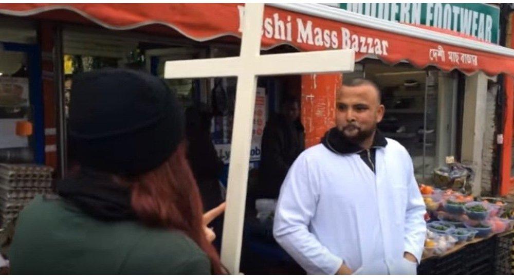 'Hristiyan Devriye' Müslümanlarla karşı karşıya