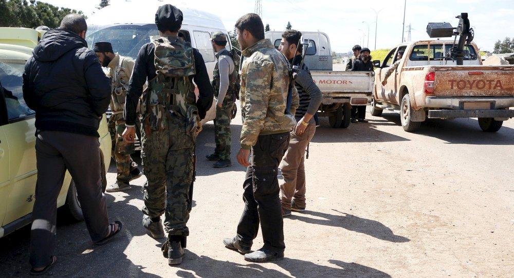 İdlib'de El Nusra militanları