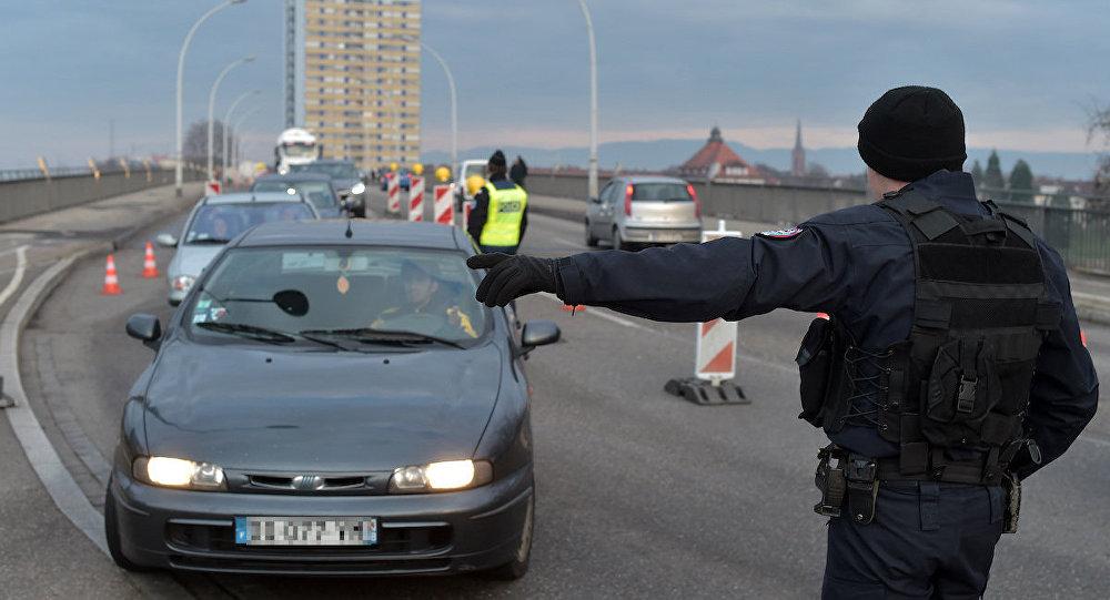 Fransa sınır güvenliği uygulamalarını uzattı