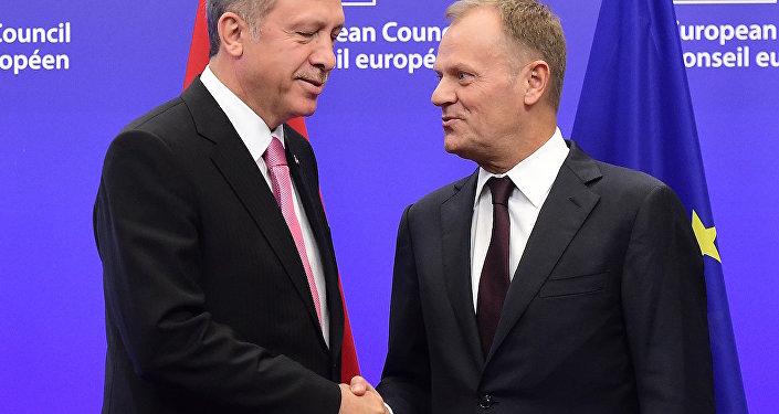 Donald Tusk ve Recep Tayyip Erdoğan