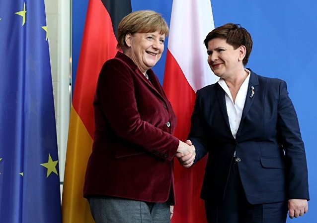 Polonya Başbakanı Beata Syzdlo - Almanya Başbakanı Angela Merkel