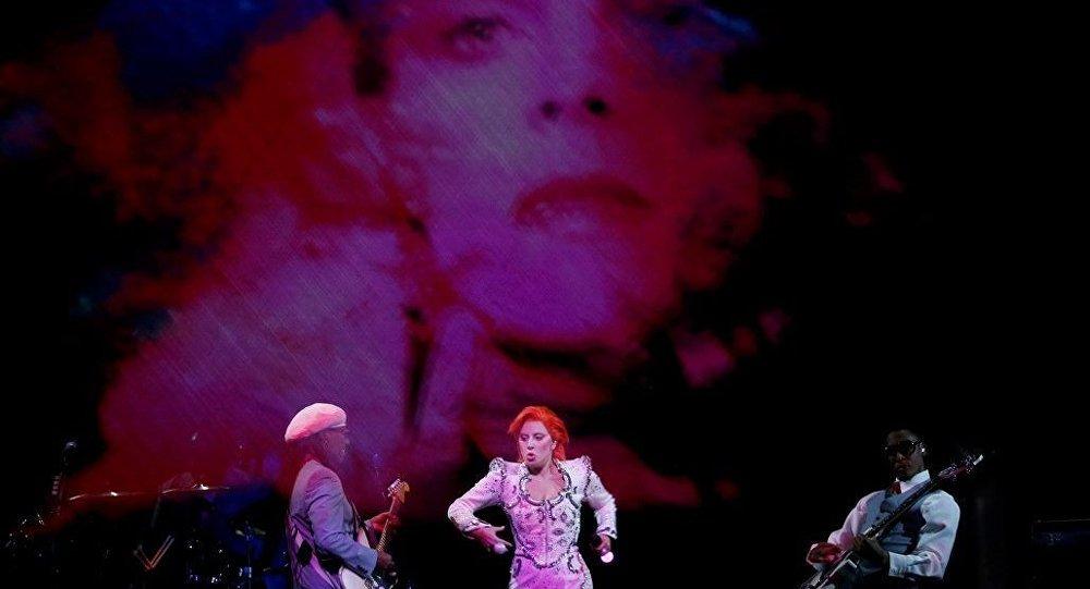 Lady Gaga- David Bowie