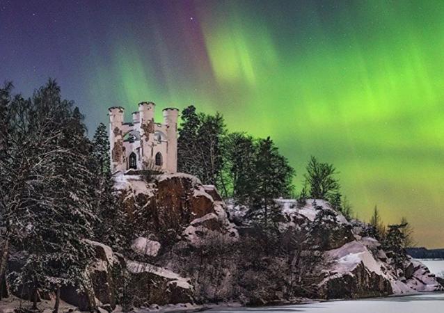St. Petersburg'da Kuzey Işıkları