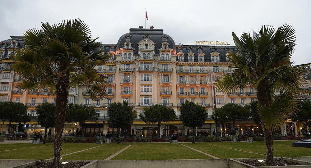 Cenevre || görüşmelerinin yapıldığı Montreux Palace