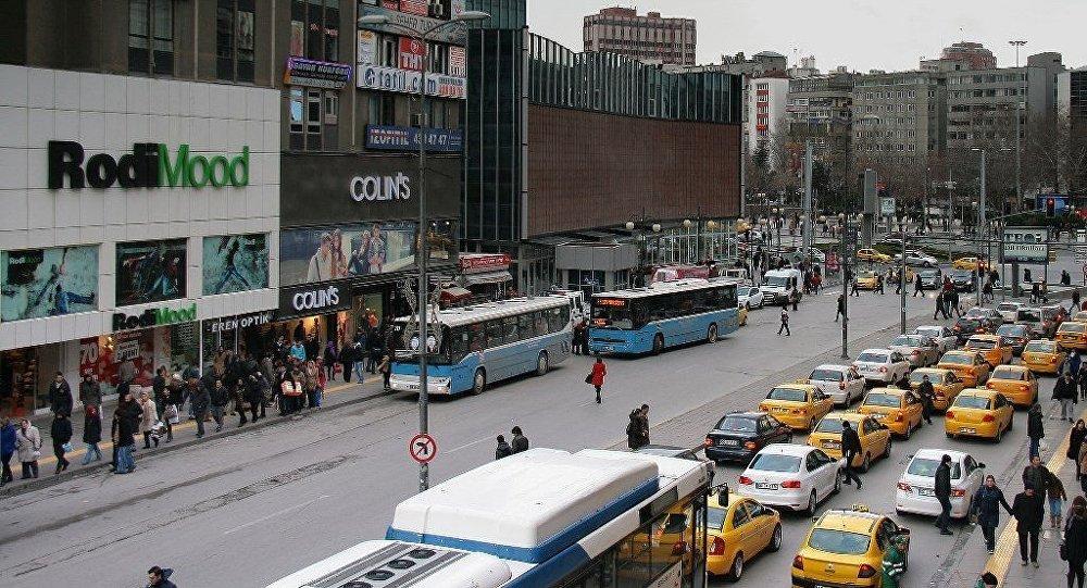 TÜRGEV'den öğrencilere istihbarat: Kızılay'da bomba yüklü ...