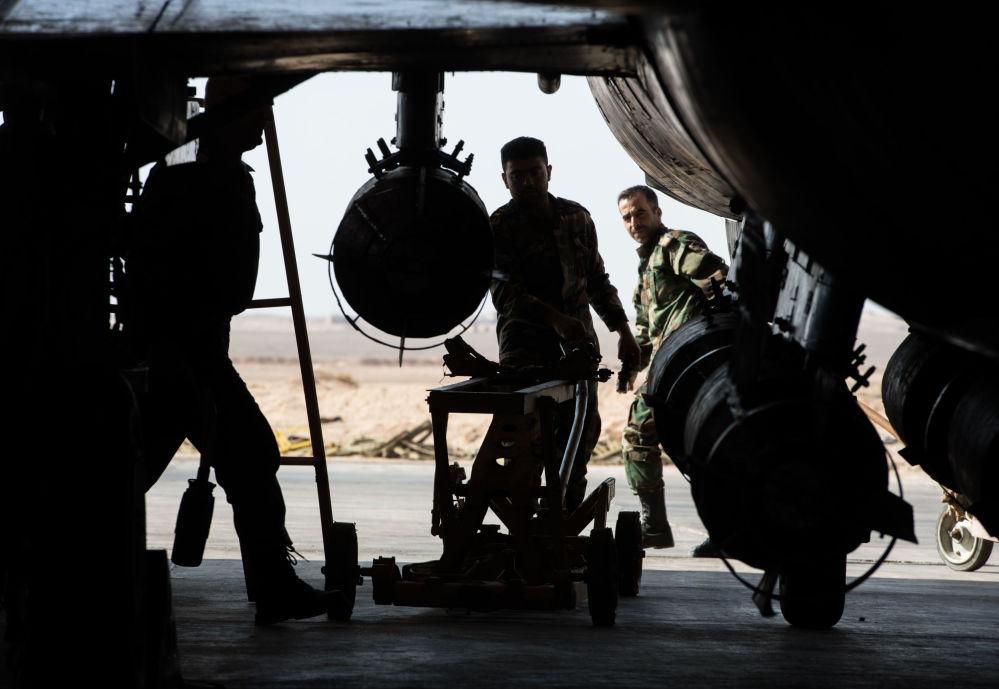 Suriye ordusu Humus'ta