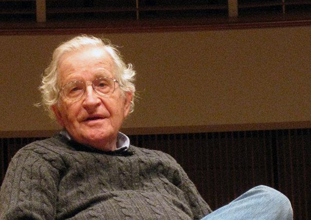 ABD'li akademisyen Noam Chomsky