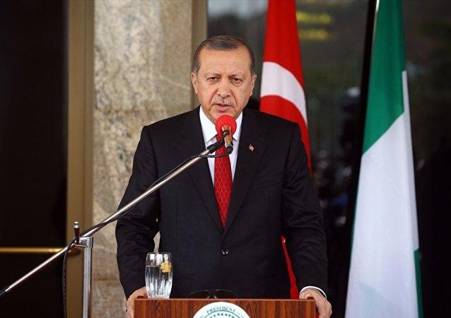 Cumhurbaşkanı Recep Tayyip Erdoğan Nijerya'da