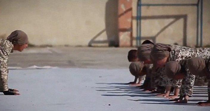 IŞİD / kimsesiz çocuk videosu