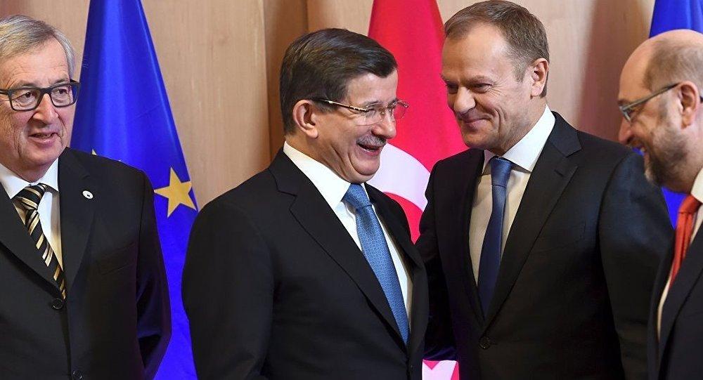 Ahmet Davutoğlu - Jean-Claude Juncker - Donald Tusk - Martin Schulz