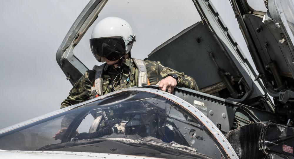 Rus pilotlar Hmeymim hava üssünde