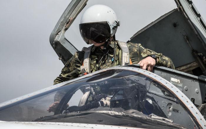 Esad'dan Rusya'nın Lazkiye'deki hava üssüne ilk ziyaret