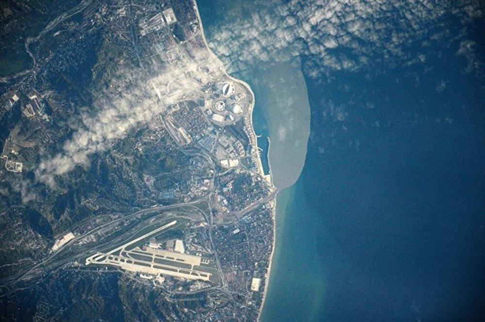 Rus kozmonot uzayda çektiği fotoğrafları paylaştı