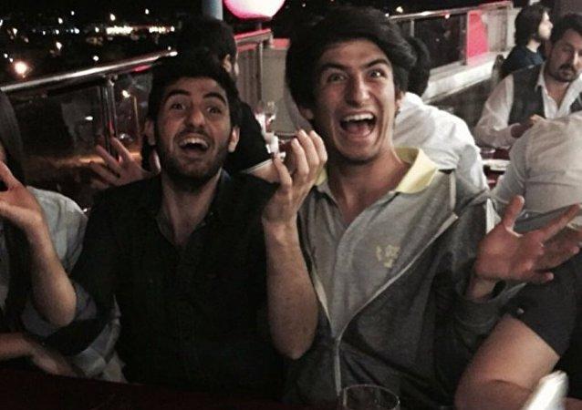 Ankara'da gerçekleşen iki ayrı saldırıda yaşamını yitiren arkadaşlar Ozancan Akkuş ve Ali Deniz