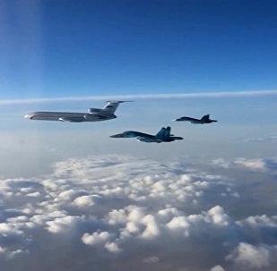 Rus uçakları Suriye'de