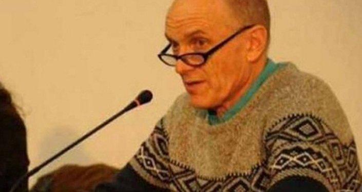 İngiliz akademisyen Chris Stephenson