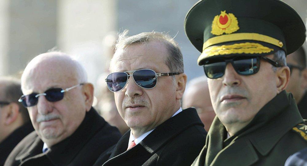 Recep Tayyip Erdoğan / Hulusi Akar / İsmail Kahraman