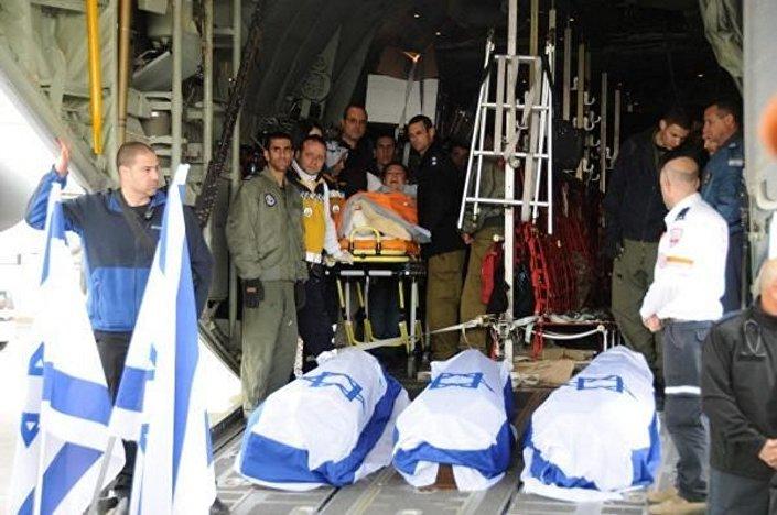 Saldırıda hayatını kaybeden üç İsrailli'nin cenazesi ülkelerine gönderildi.