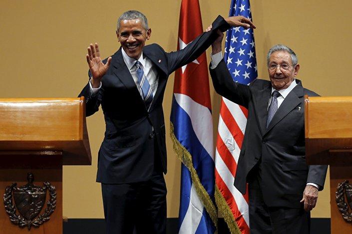 ABD Başkanı Barack Obama- Küba lideri Raul Castro
