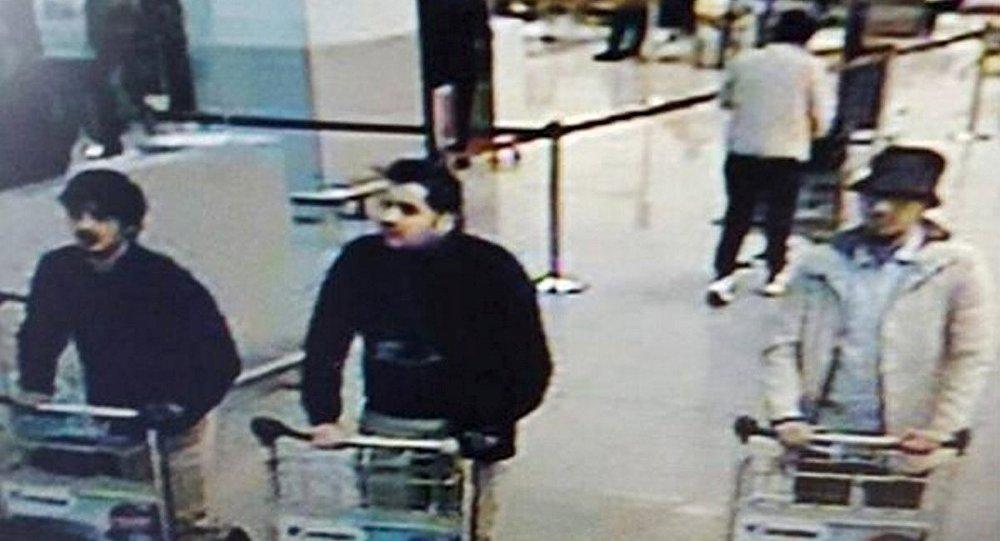 Brüksel'deki havalimanında dünkü saldırıları düzenleyenlerin El Bakraoui kardeşler olduğu tespit edildi.