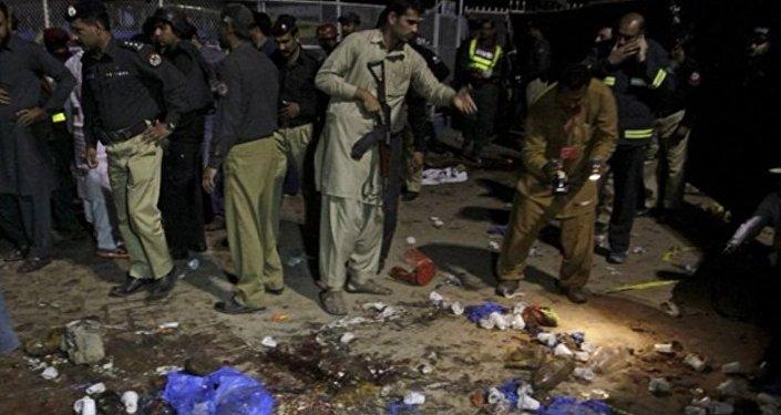 Pakistan bombalı saldırı