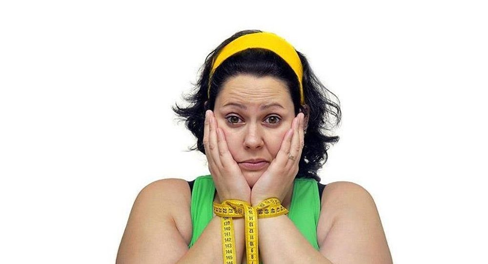 Dünyada obez insanların sayısının zayıflardan daha fazla olduğu belirlendi.