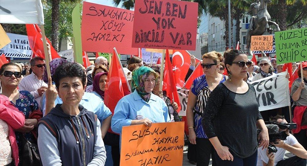 Dikili'de protesto