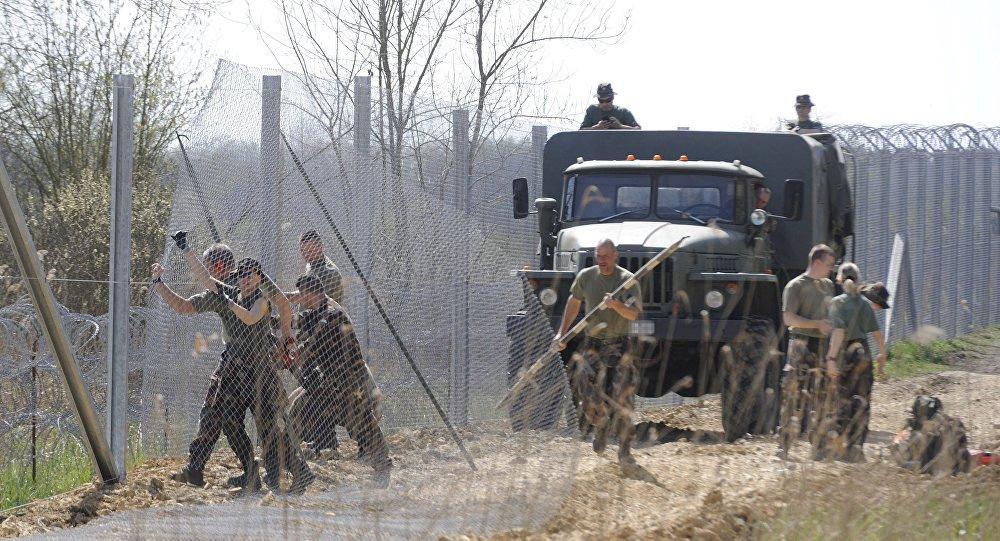 Macaristan sınırı- sığınmacı