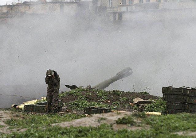 Karabağ'da Ermenistan ve Azerbaycan askerleri arasında çatışma