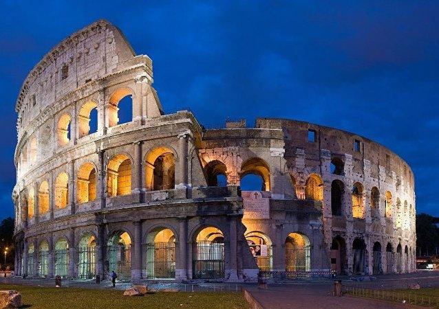 Kolezyum-Roma