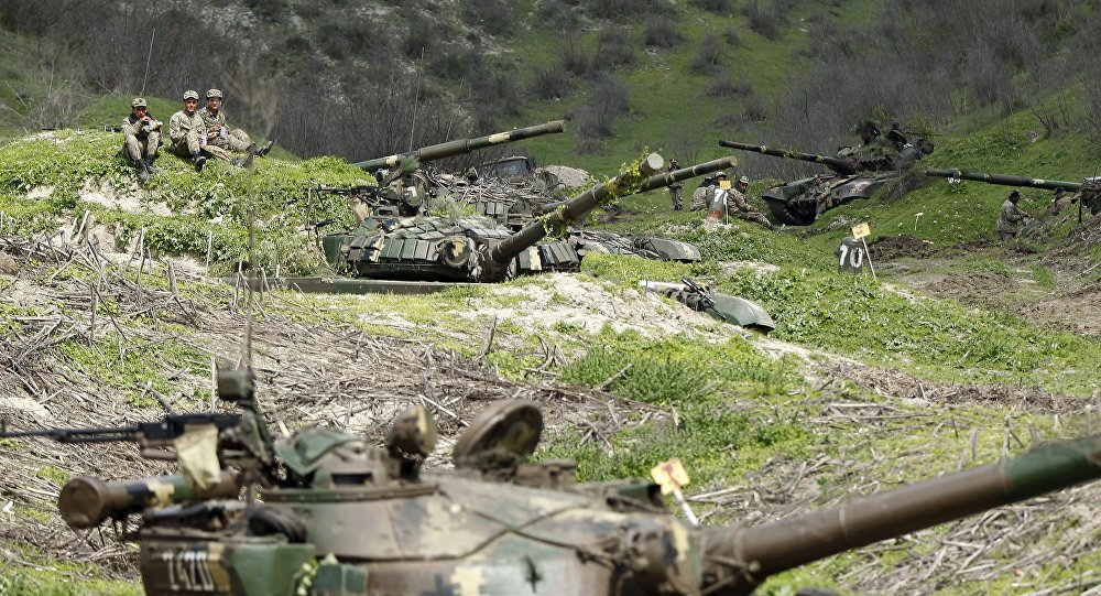 Karabağ'da çatışmalar