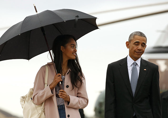 ABD Başkanı Barack Obama ve kızı Malia