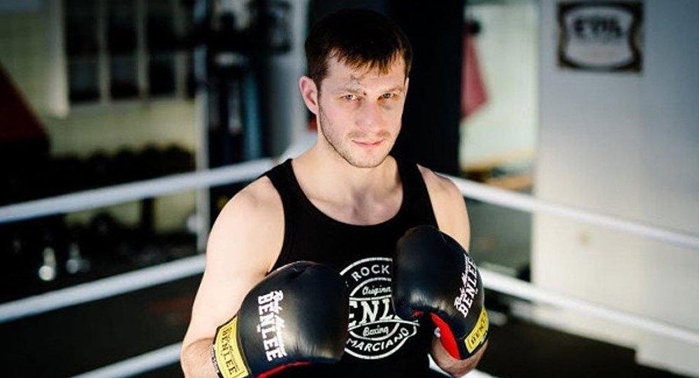 Rus boksör İgor Mihalkin