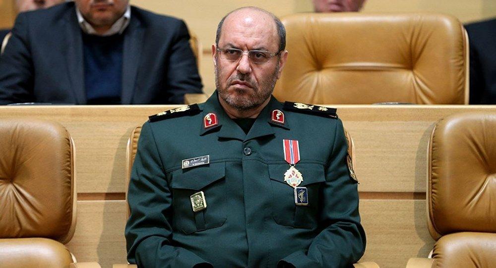 İran Savunma Bakanı Hüseyin Dehkan