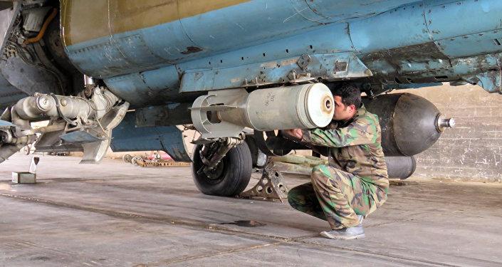 Suriye askeri - Şam'ın kuzeydoğusundaki Dmeir askeri havaalanı