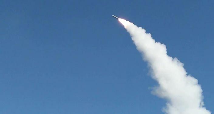 Rusya Savunma Bakanlığı'ndan yapılan açıklamada, Stratejik Füze Kuvvetleri tarafından Kapustin Yar Devlet Merkez Poligonu'nda İskender- M  balistik füze denemesi gerçekleştirildi denildi.