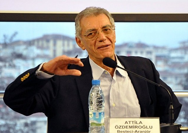 Attila Özdemiroğlu