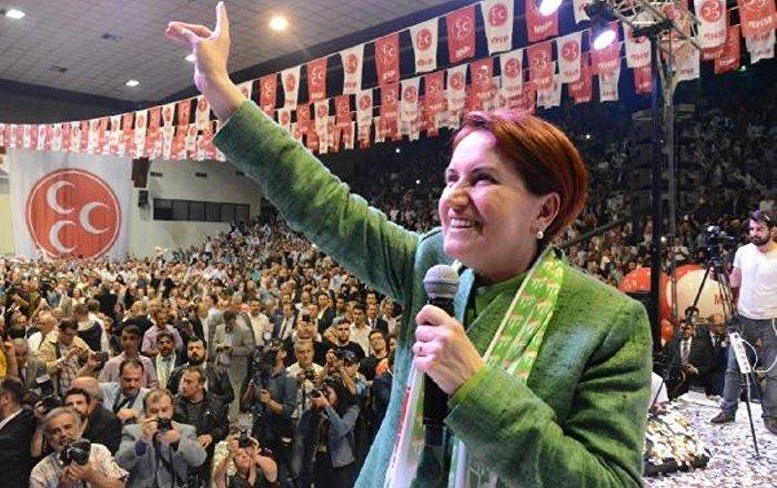 Akşener'in partisine katılımlar artarken MHP'den mızıkçı çocuk yorumu