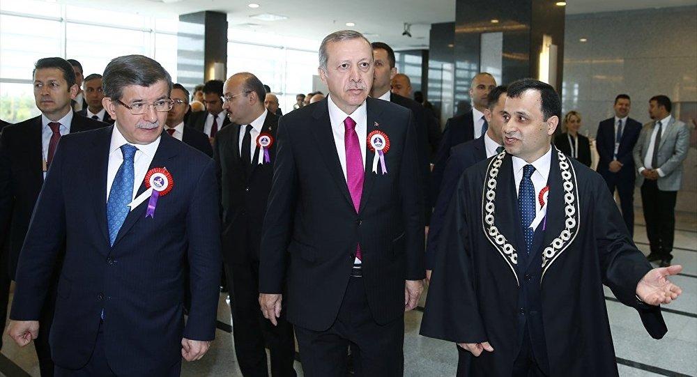 Cumhurbaşkanı Recep Tayyip Erdoğan - Başbakan Ahmet Davutoğlu - Anayasa Mahkemesi Başkanı Zühtü Aslan