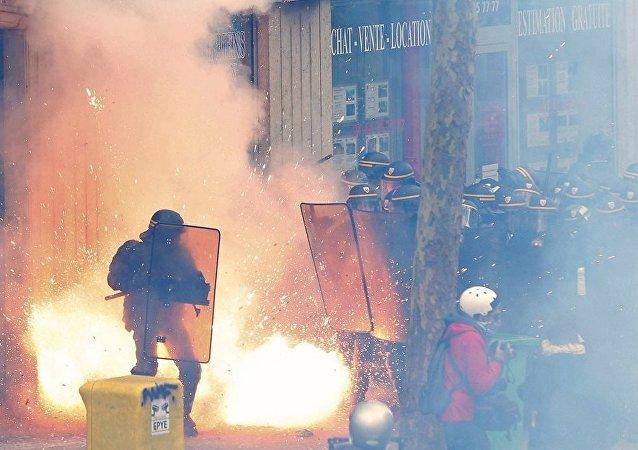 Fransa'da çalışma yasası protestoları