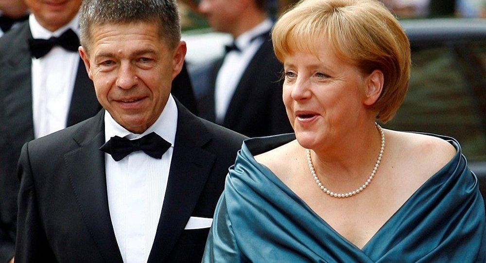 Joachim Sauer ve Angela Merkel