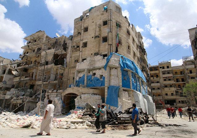 Halep'te saldırıların hedefi olan El Kudüs Hastanesi.