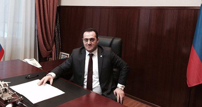 Ulusal Güvenlik Akademisi Dış Ekonomik İlişkilerden Sorumlu Başkan Yardımcısı Talat Enveroviç Çetin