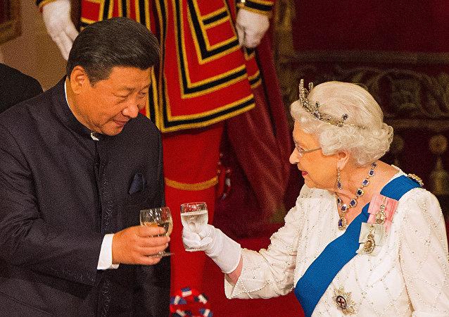Şi Cinping - Kraliçe Elizabeth