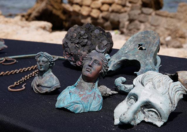 İsrail açıklarında Geç Roma İmparatorluk Dönemi sırasında batan bir ticaret gemisinin kalıntıları bulundu.