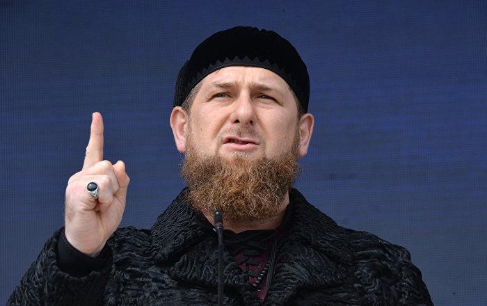 Kadirov: Çeçenistan'a gönderilen teröristleri bekliyoruz