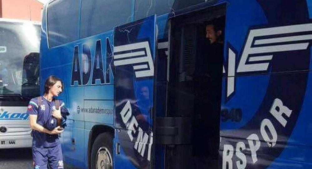Adana Demirspor otobüsü