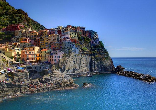 İtalya'nın kuzeybatısındaki Manarola kasabası