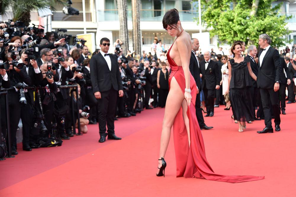 Cannes Film Festivali'nin en cesur köstümleri