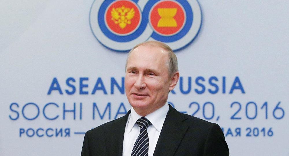 Rusya Devlet Başkanı Vladimir Putin, ASEAN liderleri toplantısı için Soçi'de.